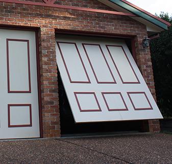 Tilt garage door
